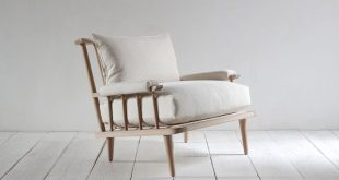 Nickey kehoe spindle back viewing chair
