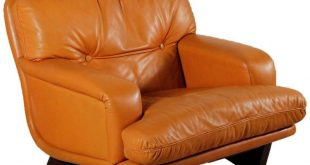 1stdibs Armchair - Lenzi Padding Vintage Italy 1960S Italian Mid-Century Modern Leather, Foam, Wood