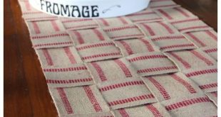Countdown to Christmas - No Sew Upholstery Webbing Table Runner