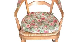Light Wood Arm Chairs With Natural Rush Seating & Upholstered Cushions